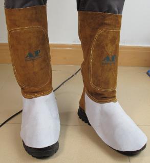AP-9401友盟金棕色搭配原色全皮长筒脚盖